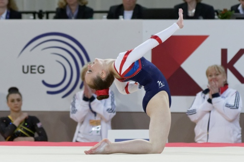 2015_european_artistic_gymnastics_championships_-_floor_-_amy_tinkler_15